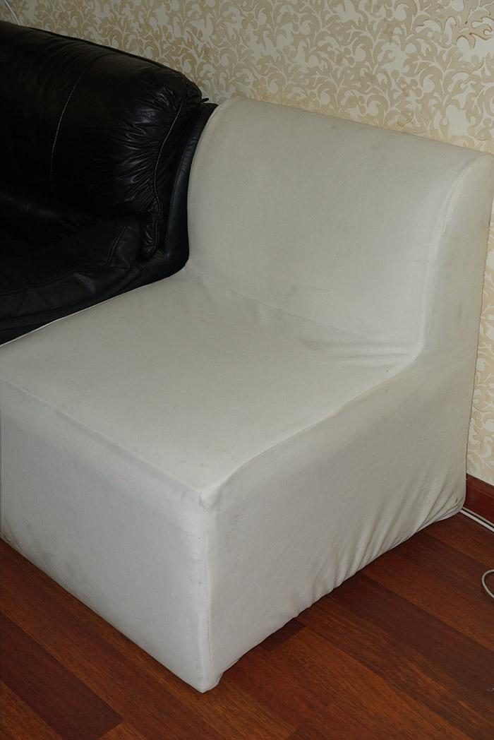 الآن للبيع وبكميات محدودة كراسي نابليون بألوانها وكراسي وطاولات للأفراح والقاعات i_ce2303f5ac4.jpg