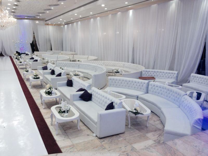 الآن للبيع وبكميات محدودة كراسي نابليون بألوانها وكراسي وطاولات للأفراح والقاعات i_e0074216e96.jpg
