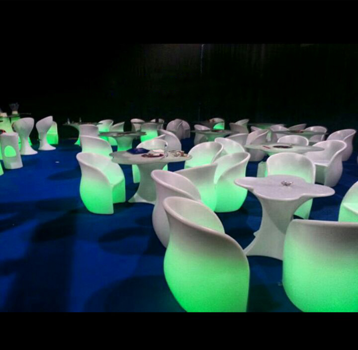 الآن للبيع وبكميات محدودة كراسي نابليون بألوانها وكراسي وطاولات للأفراح والقاعات i_f93b14df131.jpg